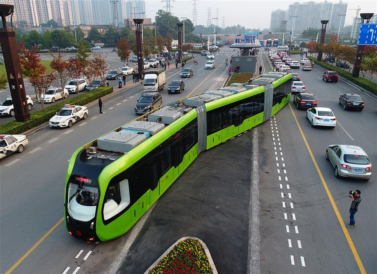 Trams without rails