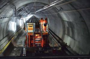 Balfour Beatty Seilzug Tunnellänge [online]